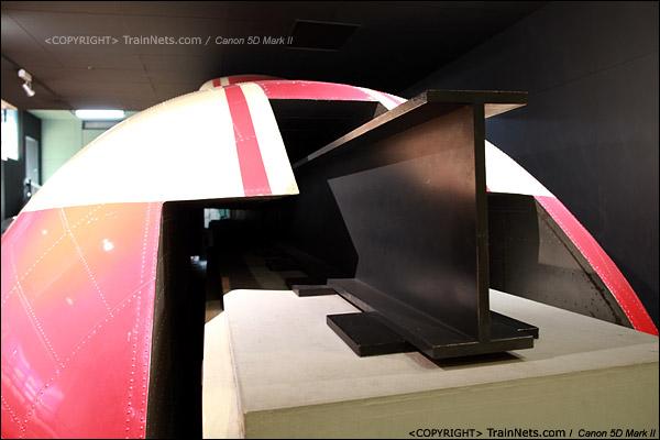 第一展厅,磁悬浮列车ML500。(IMG-5094-120131)