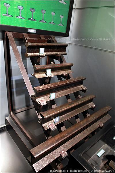 第五展厅。日本的各种钢轨尺寸及实物。(IMG-5235-120131)
