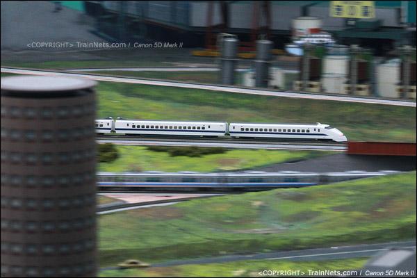 铁路模型室。300系列车。(IMG-5383-120131)