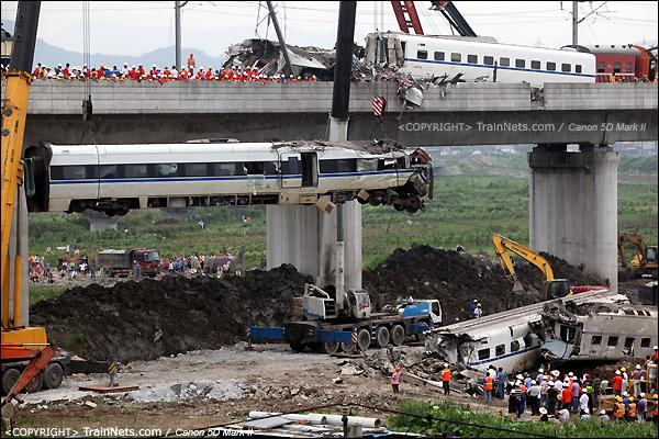 2011年7月24日。15时,D3115次,CRH1B第15号车厢,缓缓下降。(IMG-7554-110724)