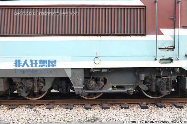 2013年12月13日。福建厦门。韶山3型4000系转向架。(图/火车仔/IMG-3428-131213)