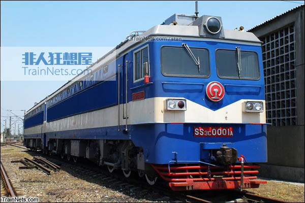 SS3C型电力机车。A端车。(图/Stan)