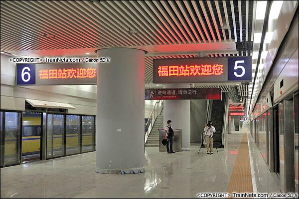 2015年10月30日。深圳福田。广深港高铁福田站,地下三层,站台层。(IMG-0213-151030)