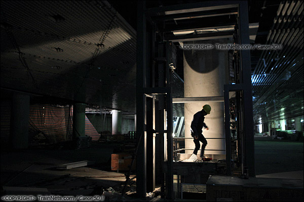 2014年12月29日。深圳福田站。地下二层,正在施工的站厅层。(IMG-9749-141229)