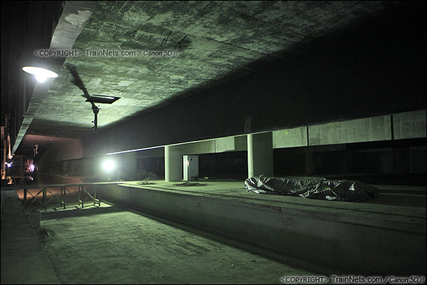 2014年12月29日。深圳福田站。地下三层,月台。(IMG-9760-141229)