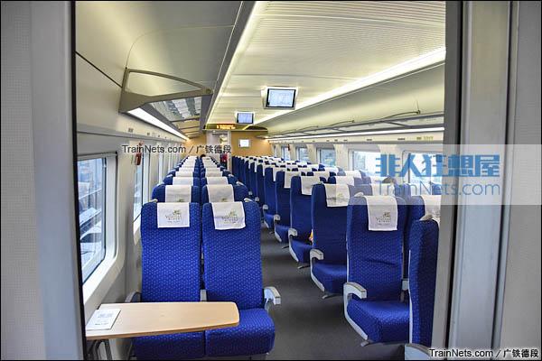 2016年2月。广珠城际铁路。新一代CRH1A型动车组(Zefiro)。二等座客室。(图/广铁德段)