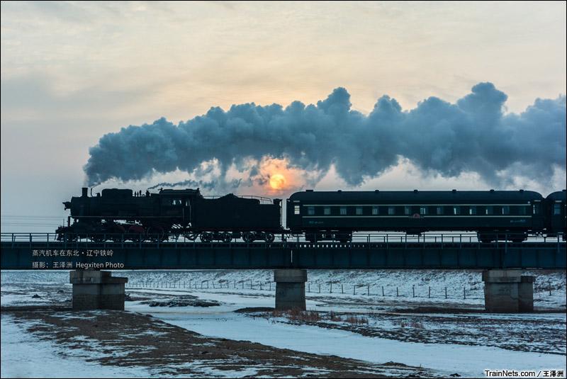 2015年1月。辽宁铁岭,第八届调兵山国际蒸汽机车摄影节。KD6牵引客车。