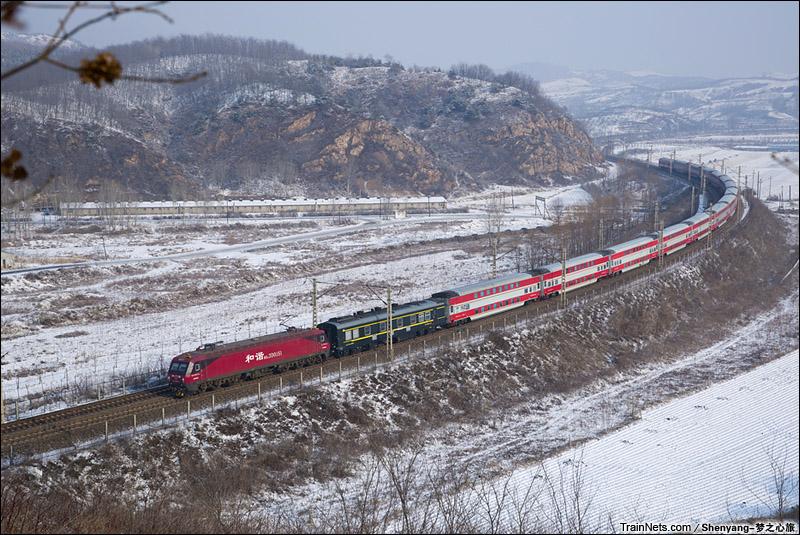2015年2月17。辽宁大连。HXD3D牵引K1260次,齐齐哈尔-大连。