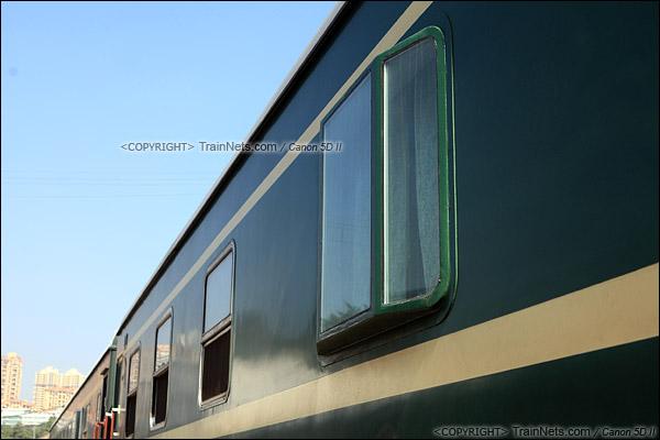 2014年12月31日。广东深圳。TZ25B型特种客车。瞭望窗。(IMG-0356-141231)