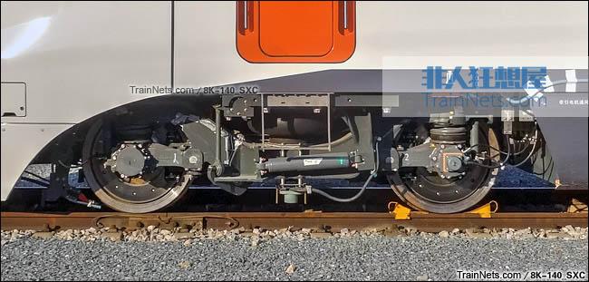 2015年5月。北京环形铁道。CRH3F型动车组。转向架。(图/8K-140_SXC)