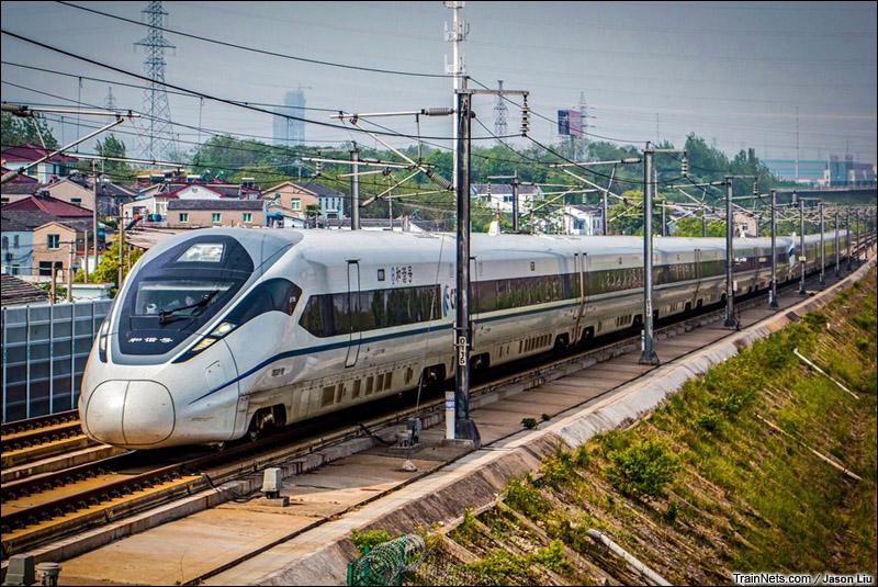 2015年5月3日。镇江市四摆渡附近。CRH380D执行G7127次,南京-上海虹桥。(图/Jason Liu)