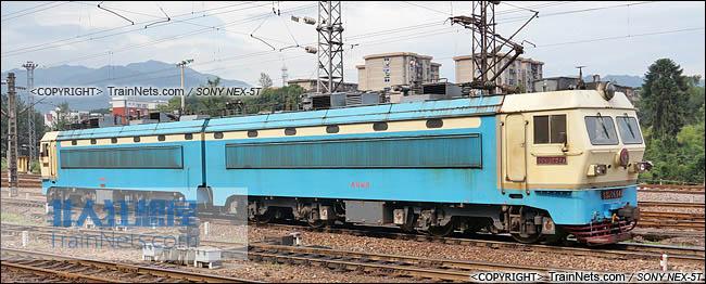 2014年5月24日。配属南局福段的SS4G型电力机车。(DSC00985-140524)