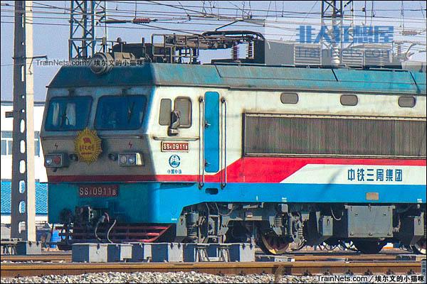 2016年2月。配属中铁三局的SS4G型电力机车。(图/埃尔文的小猫咪)