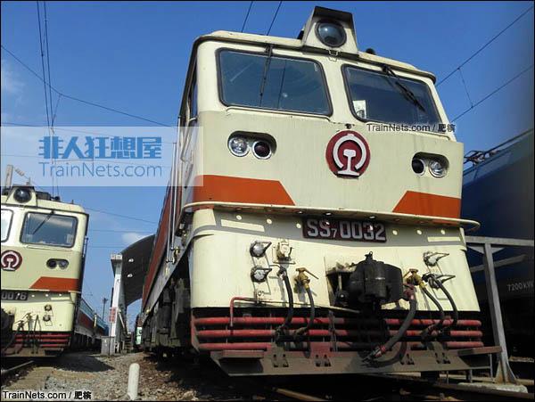 2015年4月。配属宁局邕段的SS7型电力机车。(图/肥槟)