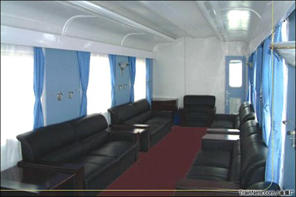 金鹰JYA-8型安全监察车。会议室。(图/金鹰厂)