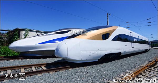 2015年6月30日。北京。长客厂生产的中国标准动车组,编号CRH-0305。(图/罗春晓)