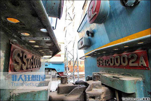 2015年1月。配属于京局石段的SS4C型电力机车。机车已封存。(图/赵家乐)