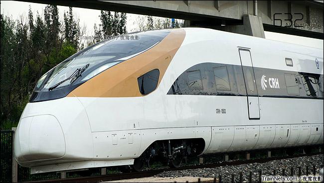 2015年7月。北京环形铁道。长客厂生产的中国标准动车组,编号CRH-0503。(图/夜莺夜影)