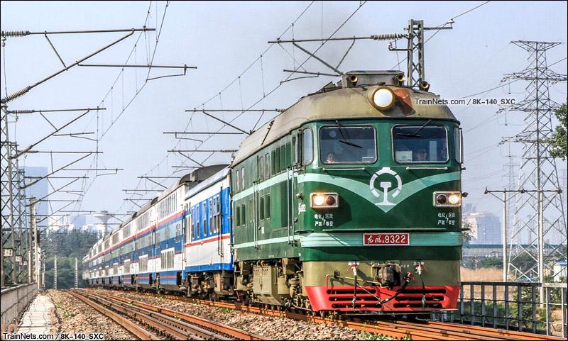 """2015年6月。南京承线,通州西站附近。DF4B""""西瓜""""牵引K7711次列车。(图/8K-140_SXC)"""