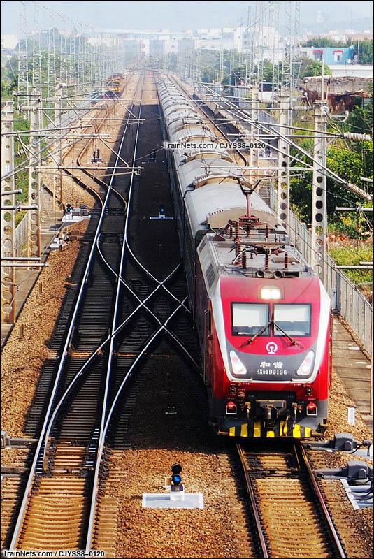 2015年12月16日。HXD1D-0196牵引Z147次,郑州-深圳东通过京九线谢岗站。(图/CJYSS8-0120)