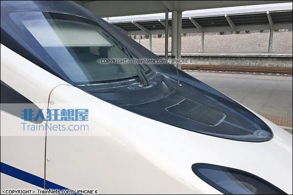 2015年11月28日。锦州南站。CRH5A型动车组。(图/火车仔/IMG-8972-151128)