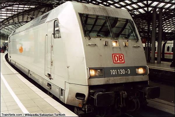 2004年3月。科隆站。牵引大都会特快列车的101型机车。(图/Sebastian Terfloth)