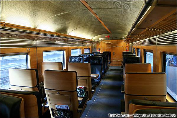 2008年1月。大都会特快列车内部。(图/Sebastian Terfloth)
