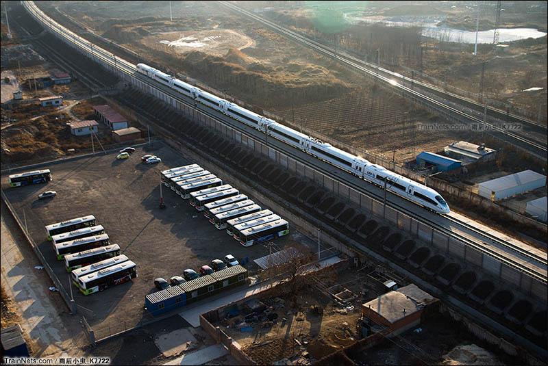 2016年1月11日。河北唐山。津秦高铁。CRH380BG型动车组执行G237次,即将进入唐山站。(图/雨后小虫_K7722)
