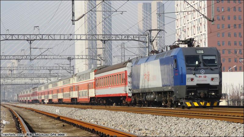 2016年2月29日。上客联区间K7+550。K4558次(汉口-温州)。(图/武九北环K17Km+770m)