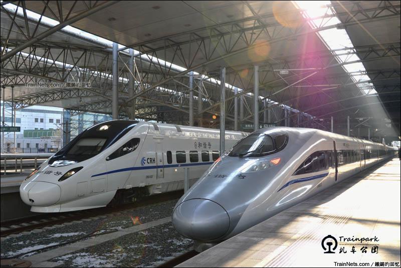 2016年2月。东北少见的统型重联CRH380A-2678/2679动车组进入沈阳北站,换端作业后准备担当G2604次返回太原南站。(图/鐵鏴旳囬忆)