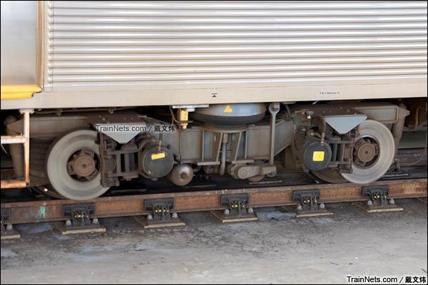 2016年3月。珀斯轨道交通A系电力动车组。转向架。(图/戴文炜)