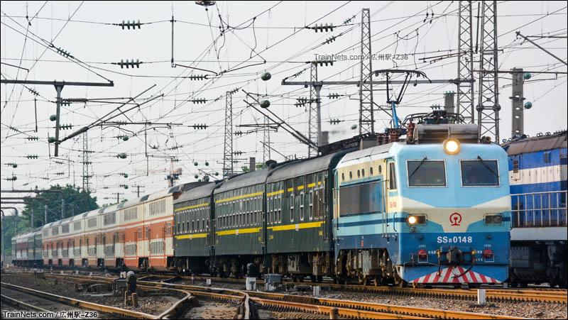 2016年5月2日。广州。广铁临客K6509次大朗站通过。(图/広州駅-Z36)
