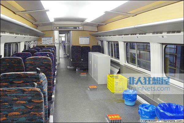 CRH2-010A综合检测车。ZE201001车(1号车)。(图/TrainNet)