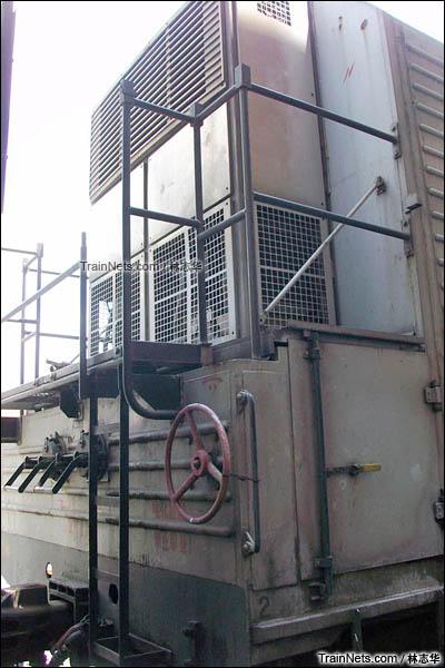 广州机保段。B10B型机械保温车。制冷机组。(图/林志华)