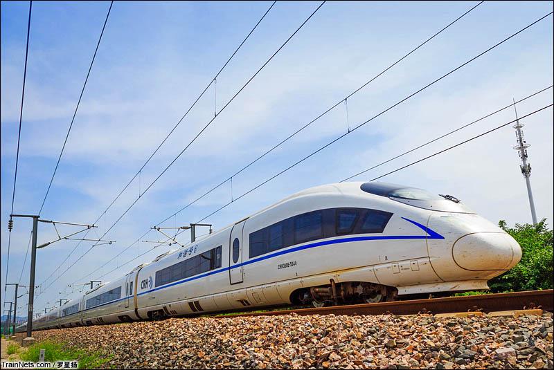 2016年7月20日。沪汉蓉CRH380B重联担当G7231次(六安-上海)行驶在沪汉蓉南京仙西联络线。(图/罗星扬)