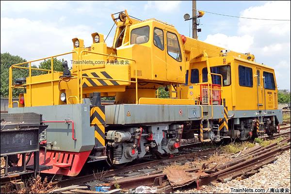 2016年8月。金鹰QGC-25型起重轨道车。(图/南山凌云)