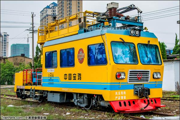 DA11型接触网架线作业车。(图/小黑想做摄影师)