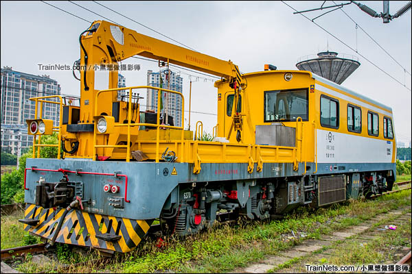 GCY-300II型重型轨道车。(图/小黑想做摄影师)