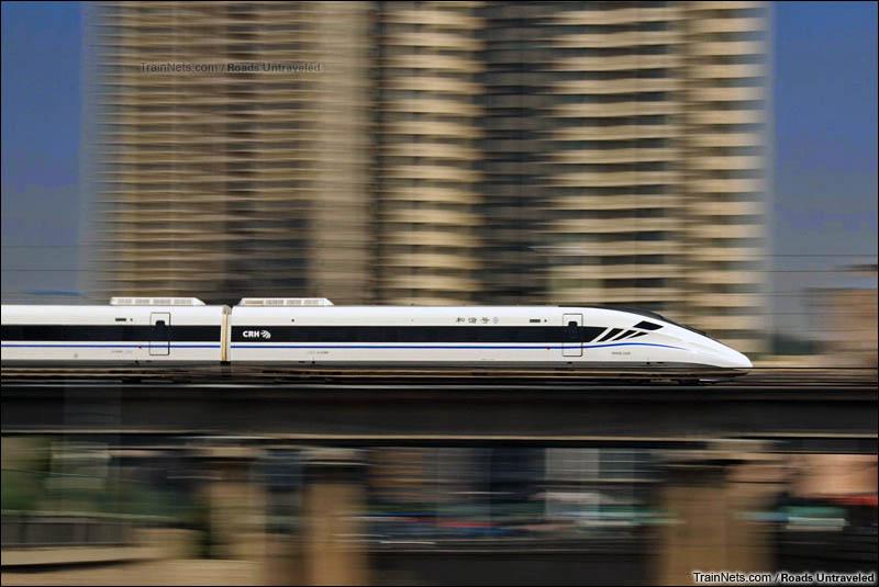 2016年9月10日。行驶在兰中城际上的GRH2G动车组。(图/Roads Untraveled)