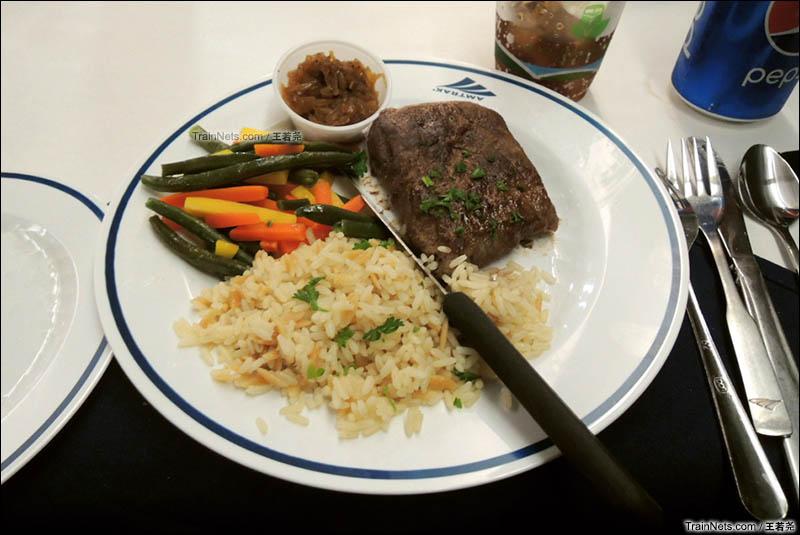 我的晚餐主菜:美铁招牌牛排