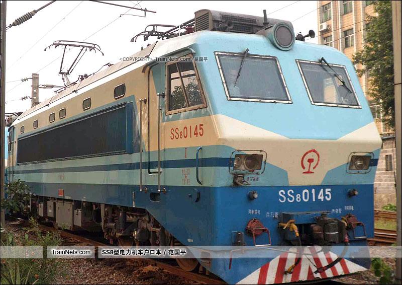 2014年。广州机务段。SS8-0145。(图/范国平)