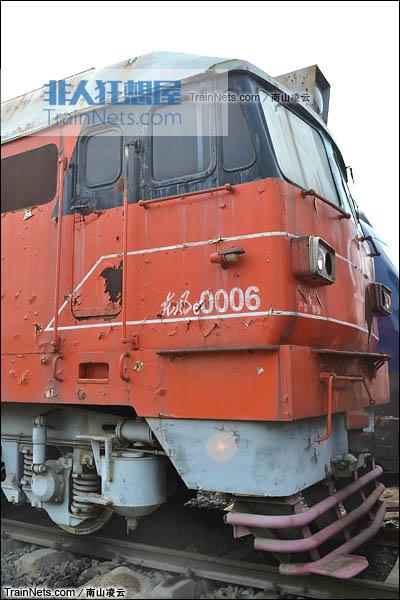 2016年5月。封存在苏家屯机务段的DF6型内燃机车。(图/南山凌云)